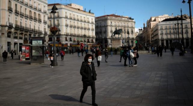 İspanyada son 24 saatte 411 kişi öldü