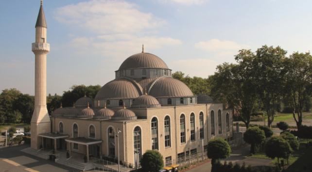 Almanyada bir camiye İslamofobik mektup gönderildi