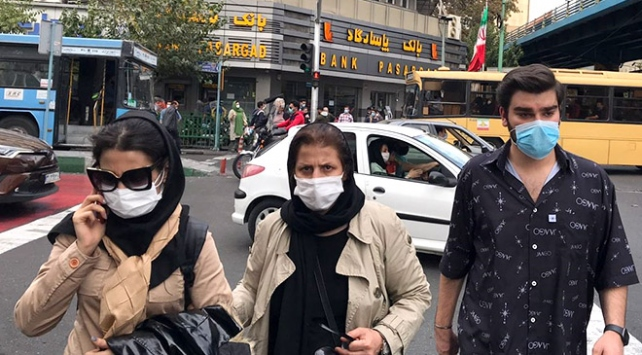 İranda son 24 saatte 462 kişi COVID-19dan hayatını kaybetti