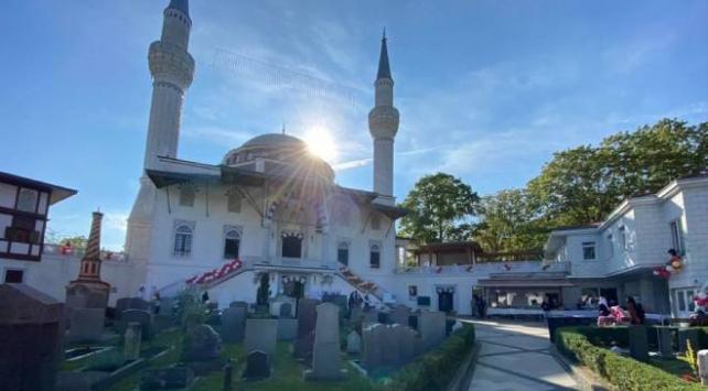 Almanyada iki camiye İslamofobik içerikli mektup gönderildi