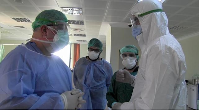 Çin aşısı uygulanan iki sağlık çalışanında antikor oluştu