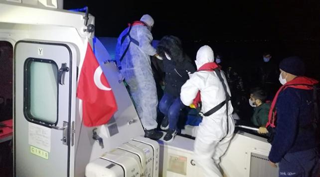 Yunanistanın ölüme terk ettiği 24 sığınmacı kurtarıldı