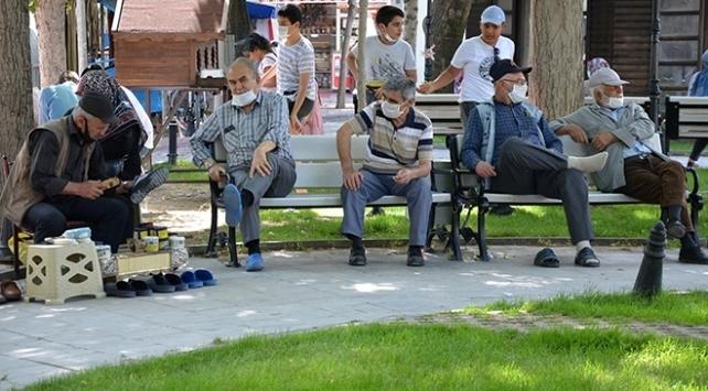 Çanakkalede 65 yaş ve üzerindekilere sokağa çıkma kısıtlaması