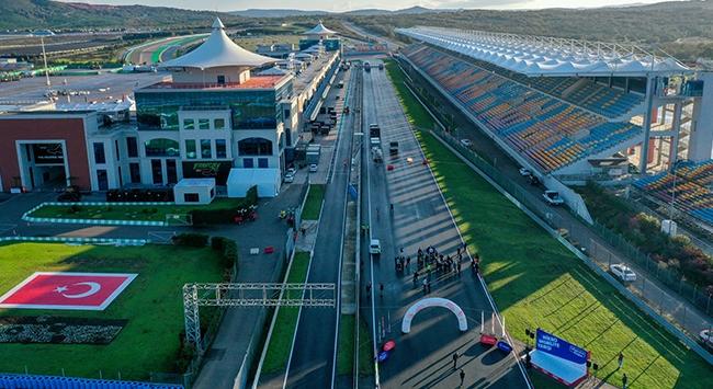 Formula 1 pilotlarından İstanbul Parka övgü