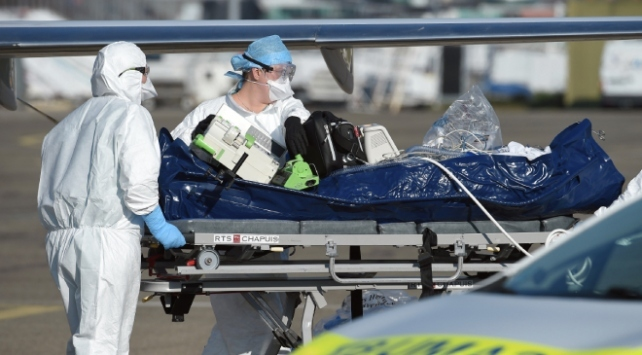 Fransada son 24 saatte 418 kişi COVID-19 nedeniyle öldü