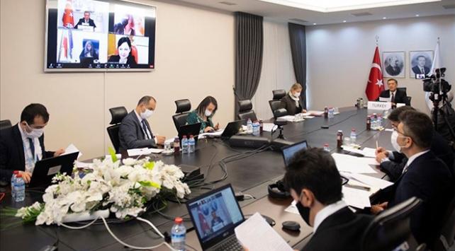 Bakan Selçuk, Türkiyenin eğitim modelini yabancı mevkidaşlarıyla paylaştı