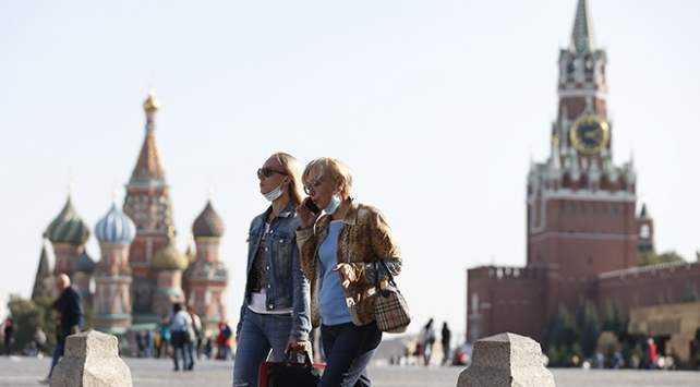 Rusyada yeni vaka rekoru: 21 bin 983 kişi