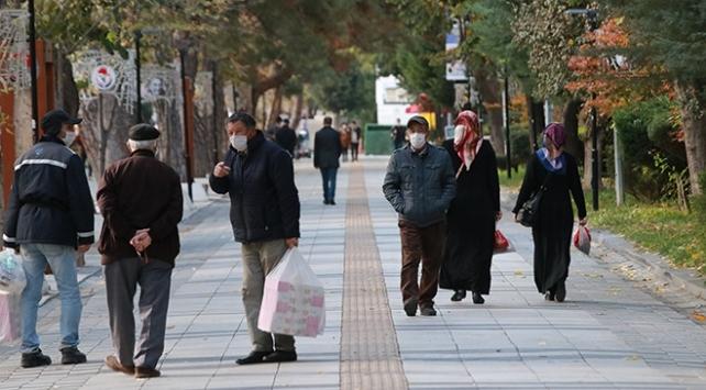 9 kentte daha 65 yaş ve üstüne sokağa çıkma kısıtlaması