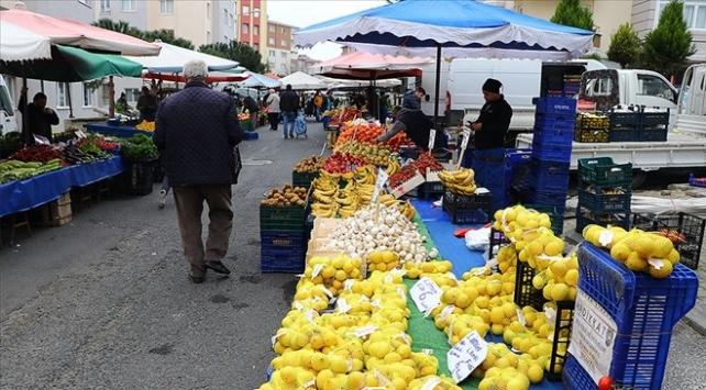 İstanbulda pazar yerlerinde sigara içmek yasaklandı