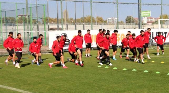 Sivas Belediyesporda 4 futbolcunun COVID-19 testi pozitif çıktı