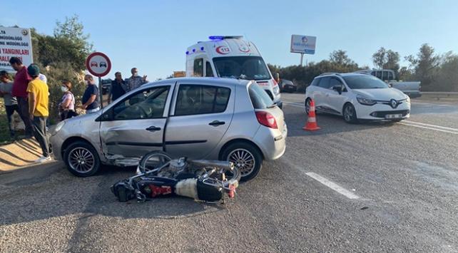 Antalyada otomobil ile motosiklet çarpıştı: 1 ölü, 1 yaralı