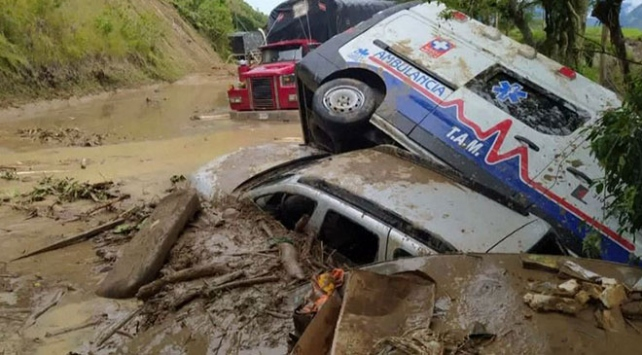 Kolombiyada sel felaketi: 3 ölü, 16 kayıp