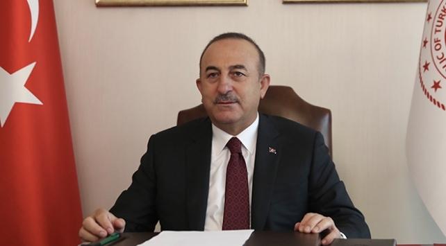 Bakan Çavuşoğlu koronavirüs aşısı geliştiren Türk bilim insanlarıyla görüştü