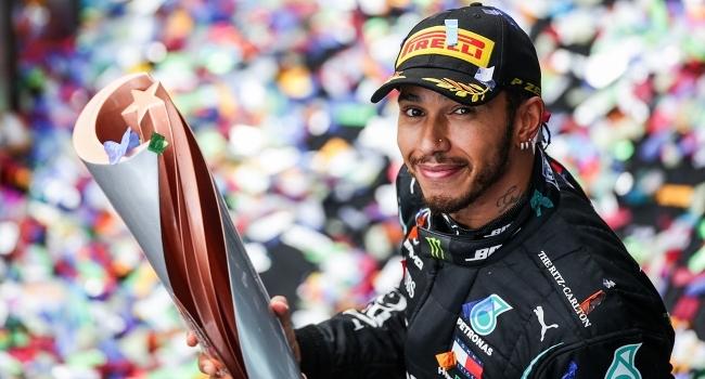 Mercedes-Hamilton iş birliği F1 rekorlarını altüst etti