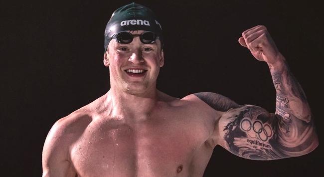 Adam Peaty 100 metre kurbağalamada dünya rekoru kırdı