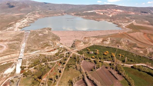 Erzurumdan doğan nehirler toprağa can, ülkeye enerji veriyor