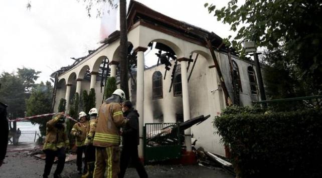Tarihi Vaniköy Camiindeki yangın: 5 kişinin ifadesi alındı