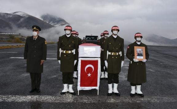 Irak sınır hattında şehit olan asker için tören düzenlendi