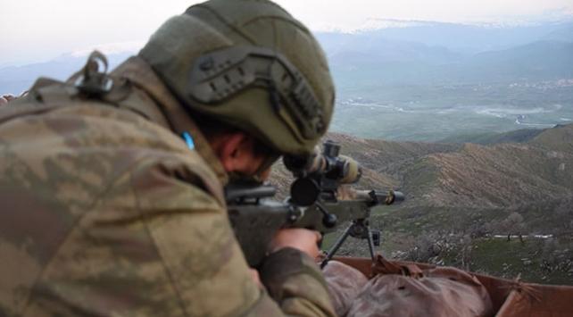 Fırat Kalkanı bölgesinde 3 terörist yakalandı