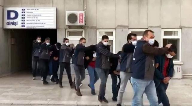 Ankarada çalıntı ve change oto operasyonu: 12 gözaltı
