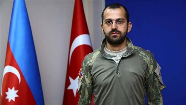 Azerbaycanlı doktor Antalyadan cepheye koştu