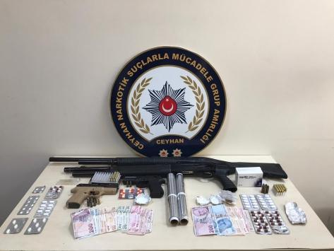 Adanada uyuşturucu satıcılarına yönelik operasyon: 19 gözaltı