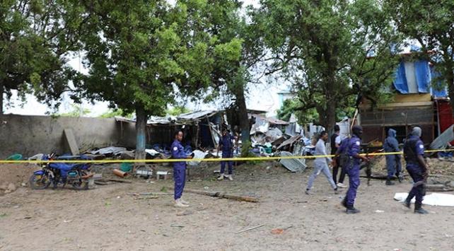 Mogadişuda intihar saldırısı: 5 ölü