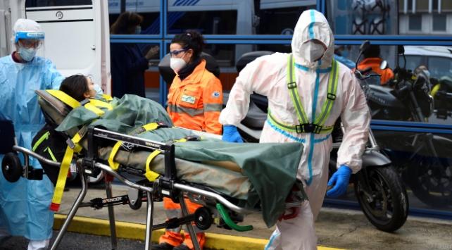 İtalyada koronavirüs kaynaklı bir günde 731 can kaybı