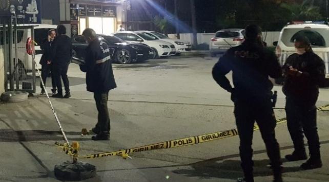 İstanbulda iş yerine silahlı saldırı: 2 yaralı