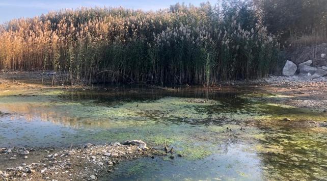 Eğirdir ve Beyşehir göllerinde dip suyu alarmı