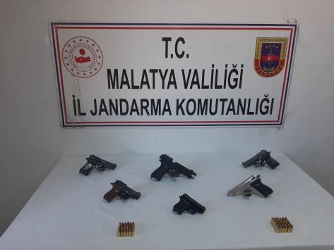 Malatyada silah kaçakçılığı operasyonu: 2 gözaltı