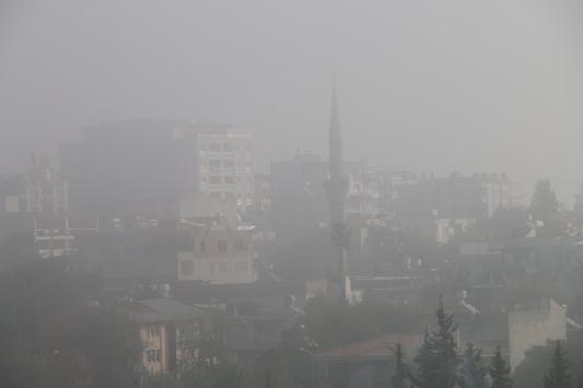 Adıyaman ve Gaziantepte sis etkili oldu