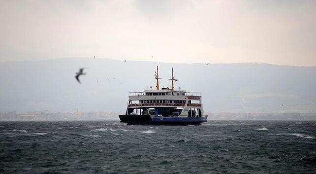 Kuzey Ege ve Güney Marmarada feribot seferleri iptal oldu