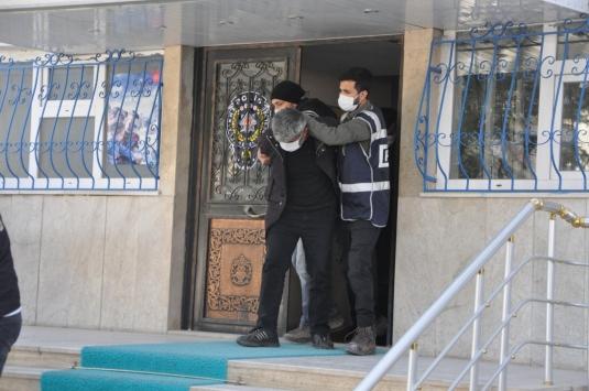 """Yozgatta """"tehdit ve dolandırıcılık"""" iddiasıyla 3 şüpheli gözaltına alındı"""