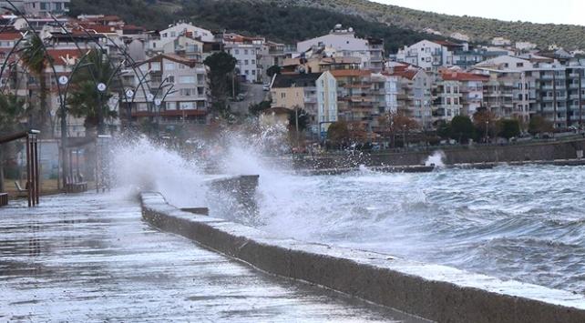 Meteorolojiden fırtına ve sağanak uyarısı