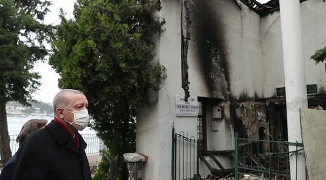 Cumhurbaşkanı Erdoğandan Vaniköy Camiine ziyaret
