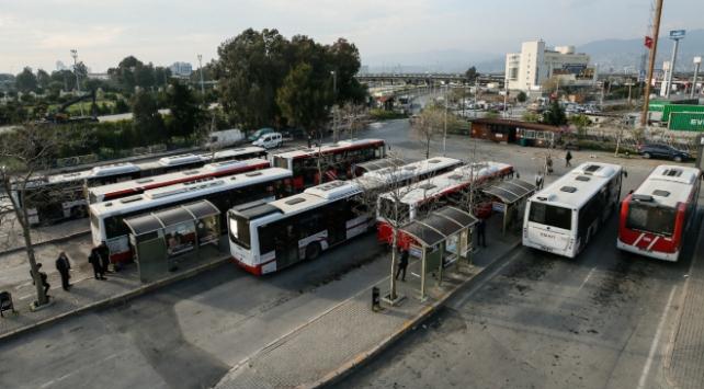 İzmirde toplu ulaşım sefer saatleri yeniden düzenlendi