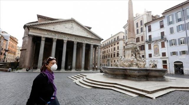 İtalyada son 24 saatte 653 kişi COVID-19dan hayatını kaybetti