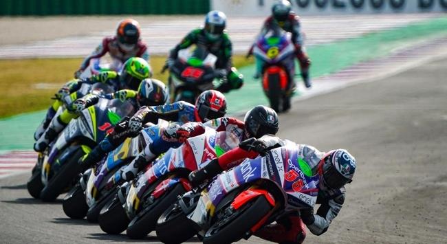 MotoGPde sezonun son yarışı Portekizde