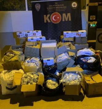 Malatyada 42 bin 179 kaçak cep telefonu aksesuarı ele geçirildi