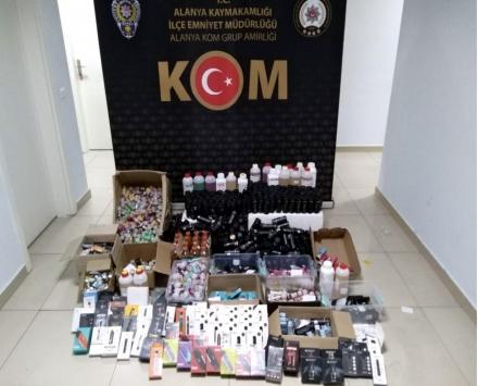 Antalyada kaçak elektronik sigara ve likiti ele geçirildi