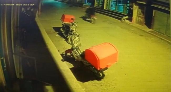 Hatayda park halindeki motosikleti çalan zanlı yakalandı