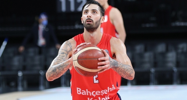 Bahçeşehir Kolejinden Fenerbahçe Bekoya transfer