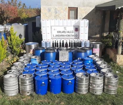Kırklarelinde bir evde 2 bin litre kaçak içki ele geçirildi