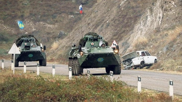 Dağlık Karabağa Rus askerlerinin sevkiyatı tamamlandı