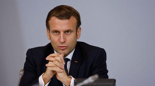 Macron, Afrikalıların sömürge tepkisini Türkiye ve Rusyaya bağladı