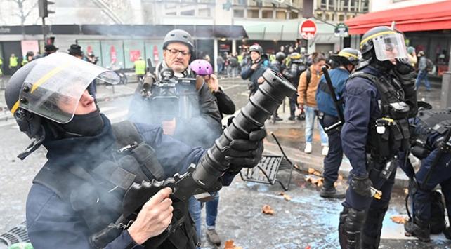 Fransız medyasından hükümete akreditasyon tepkisi