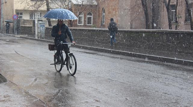 Doğu Anadolu Bölgesinde karla karışık yağmur bekleniyor