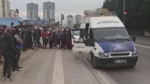 17 kişilik minibüsten 41 tarım işçisi çıktı