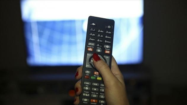 Salgın televizyona ve haber kanallarına ilgiyi artırdı